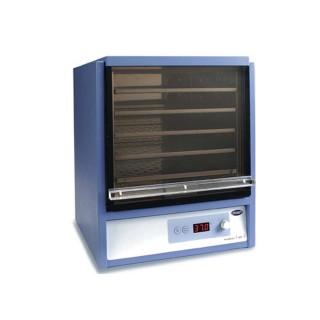 Microtitre plate incubator